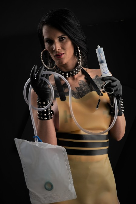 Latex Vamp 07